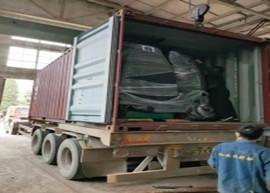 红友机耕船整柜20GP机耕船出口到印尼